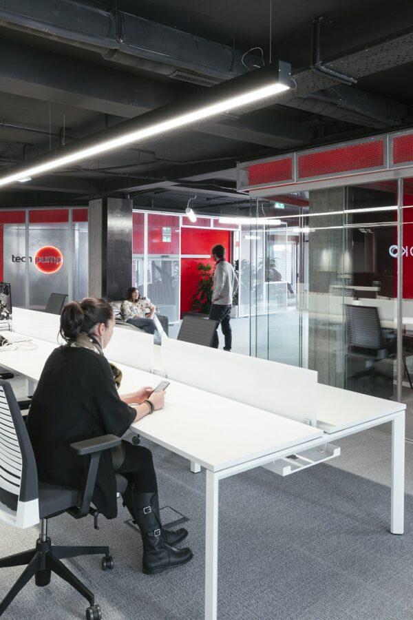 Nueva sede Techpump. Adecuación de oficinas para empresa tecnológica en Gijón
